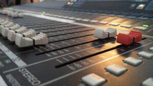 Mixerbord kyrksalen